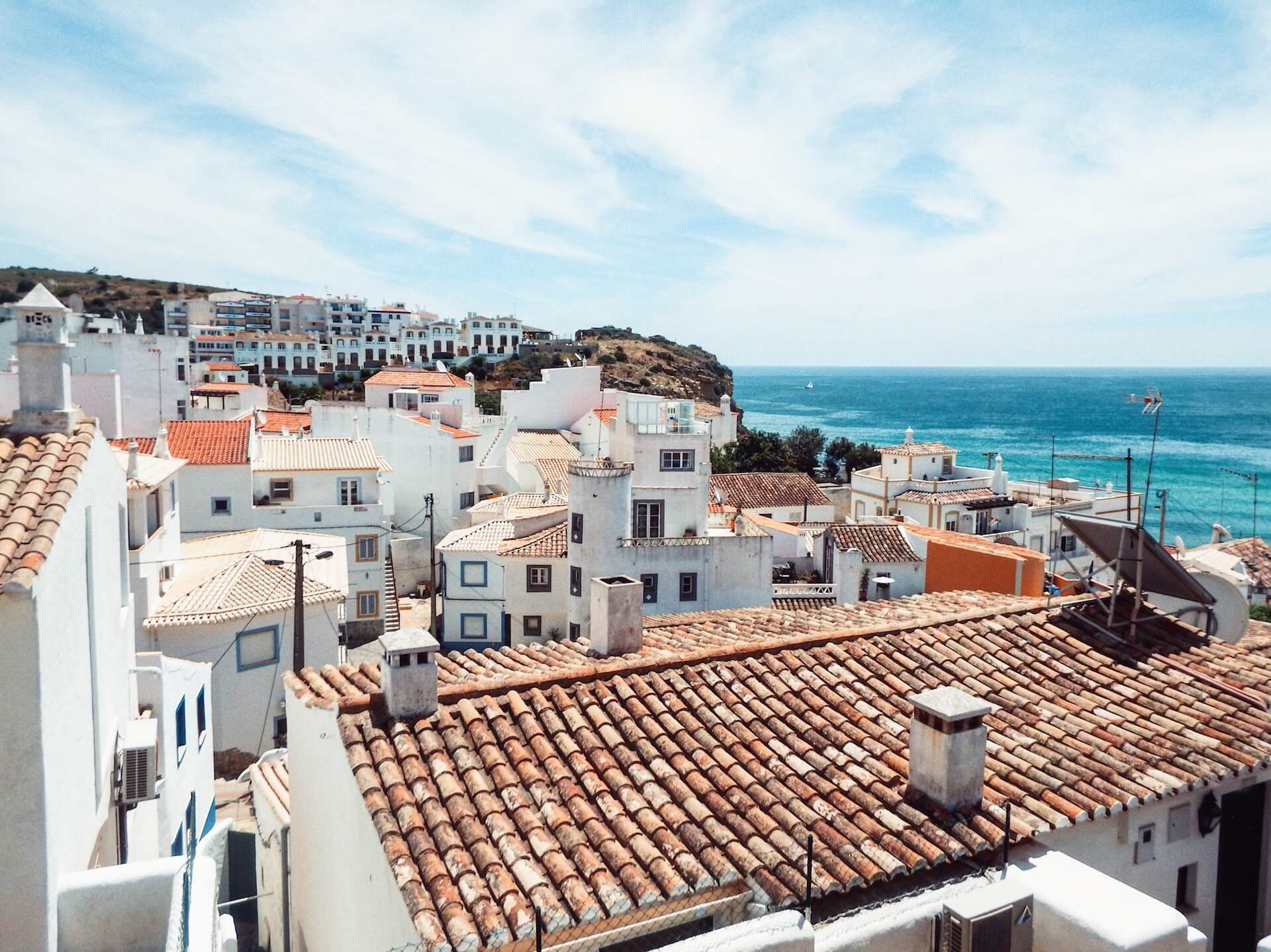 Burgau, Algarve, Portugal | Moon & Honey Travel