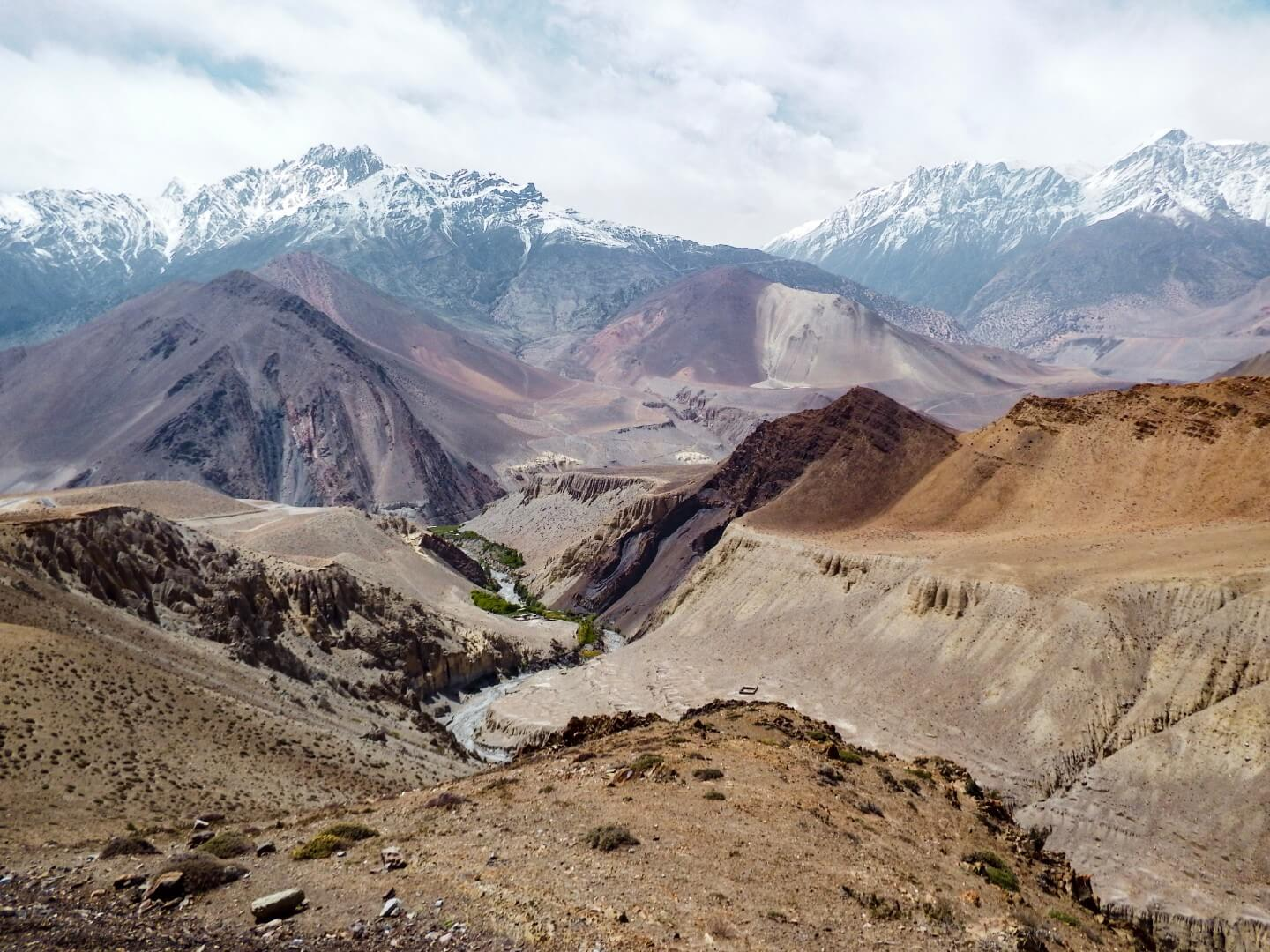 Hiking the Annapurna Circuit without a Guide, Annapurna Trekking Guide | Moon & Honey Travel