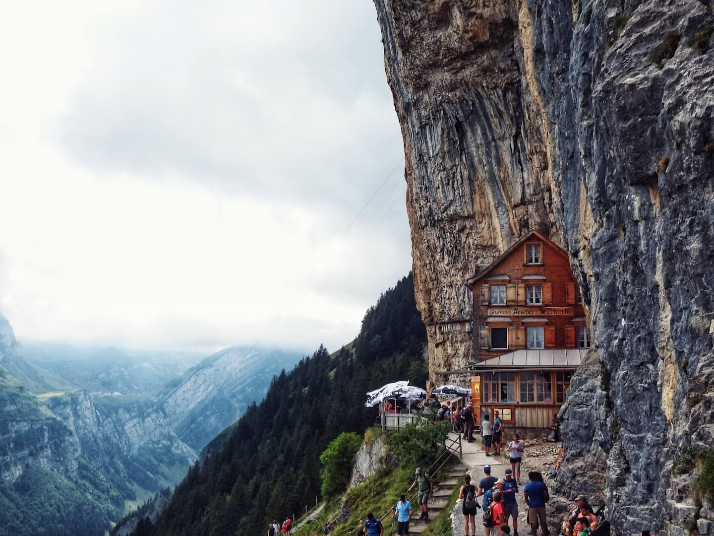 Berggasthaus Aescher Wildkirchli, Alpstein