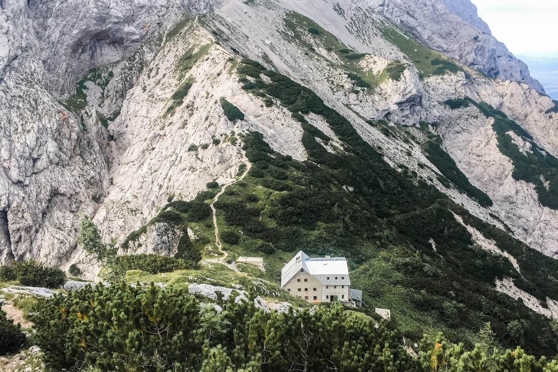 Cojzova koča na Kokrskem sedlu, Hiking Kamnik-Savinja Alps, Slovenia, 4 Day Hiking Tour | Moon & Honey Travel