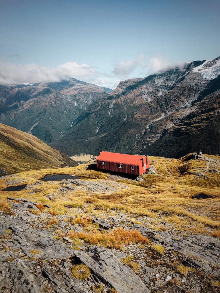 French Ridge Hut, New Zealand Travel Guide