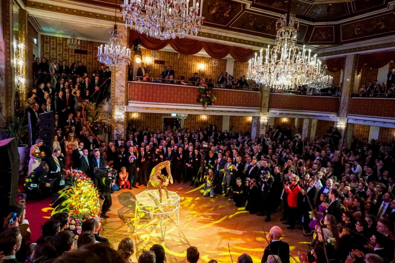 Circus Pikard, Midnight Show at the Vienna Rainbow Ball (Wiener Regenbogenball) - Austria