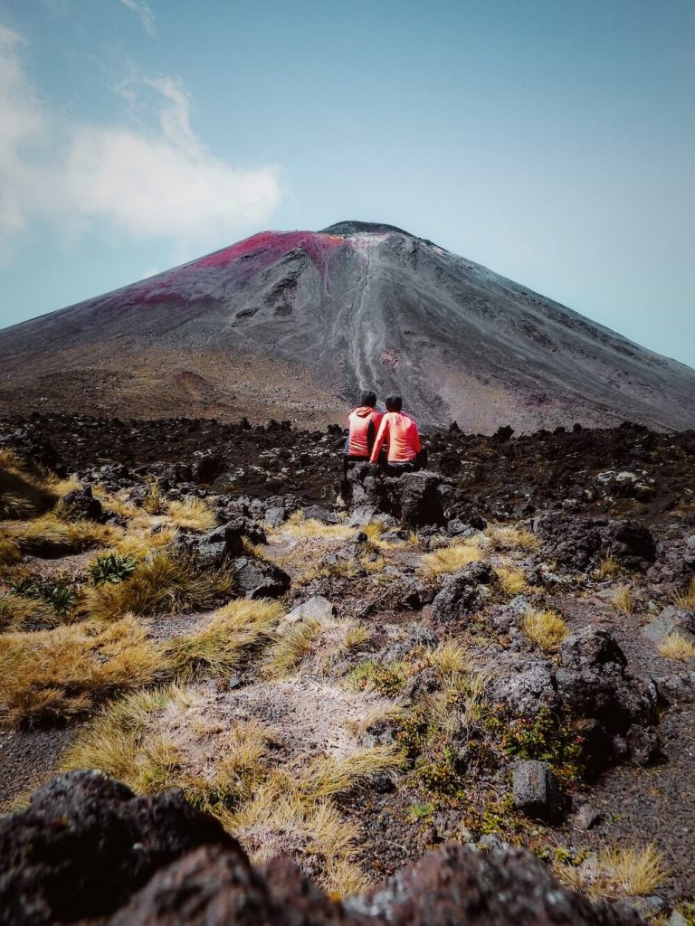 Tongariro Alpine Crossing, New Zealand Travel Guide