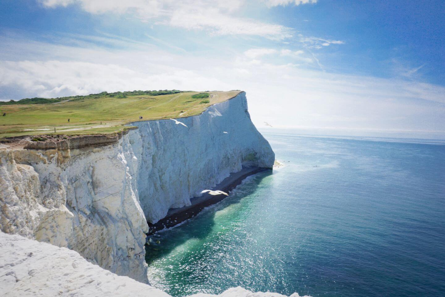 Seven Sisters Cliffs, England Travel Guide - Top Experiences in England