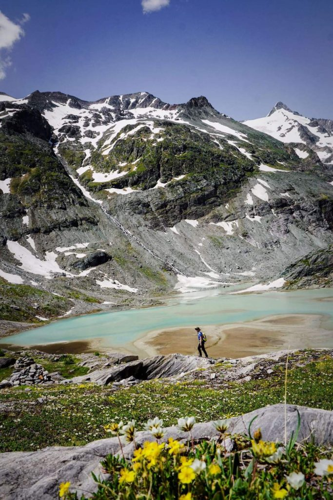 Austria Travel Guide - top experiences - hiking hut to hut in the Austrian Alps