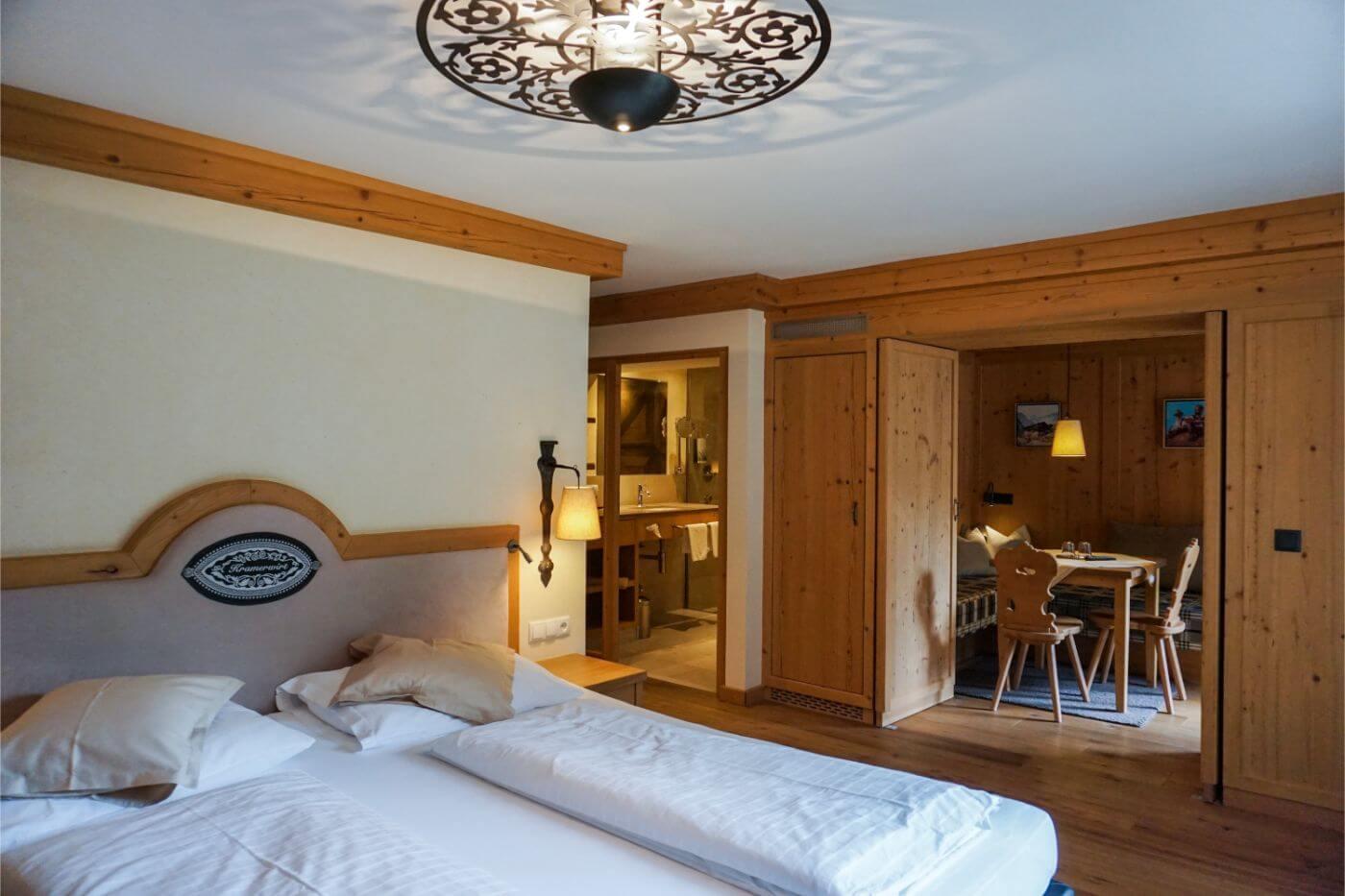 Alpenhotel Kramerwirt bedroom, 4 - Star hotel in Mayrhofen, Zillertal