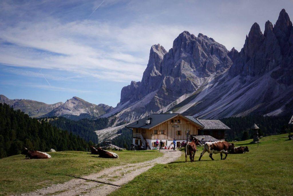 Rifugio Brogles / Brogles Hütte, Val Di Funes Hike, Dolomites