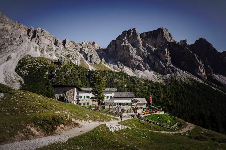 Regensburger Hütte (Rifugio Firenze), Val Gardena, Dolomites