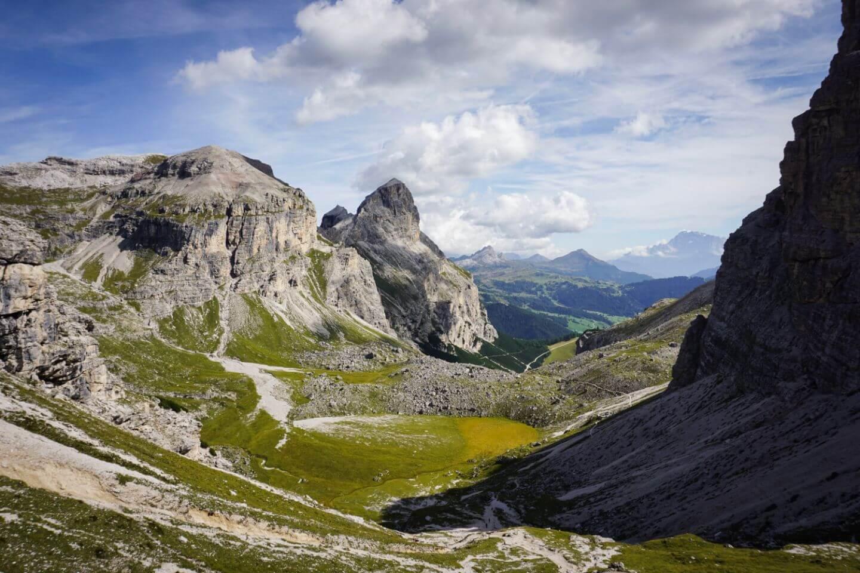 Puez Mountain Hut to Colfosco