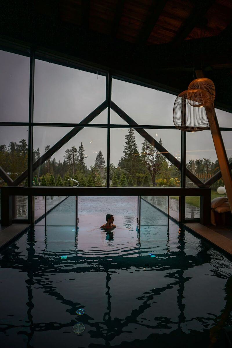 Sporthotel Alpenrose Pool - Where to stay in the Dolomites in Summer