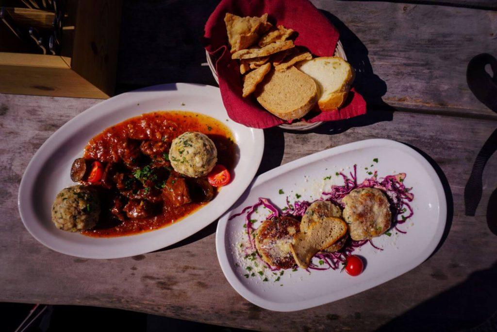 Lunch at Plattkofelhütte / Rifugio Sasso Piatto, Dolomites