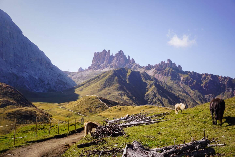 Trail between Tierser Alpl and Plattkofelhütte