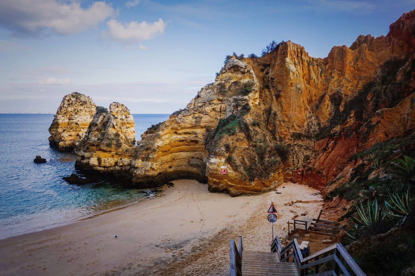 Praia do Camilo, Lagos, Algarve in November