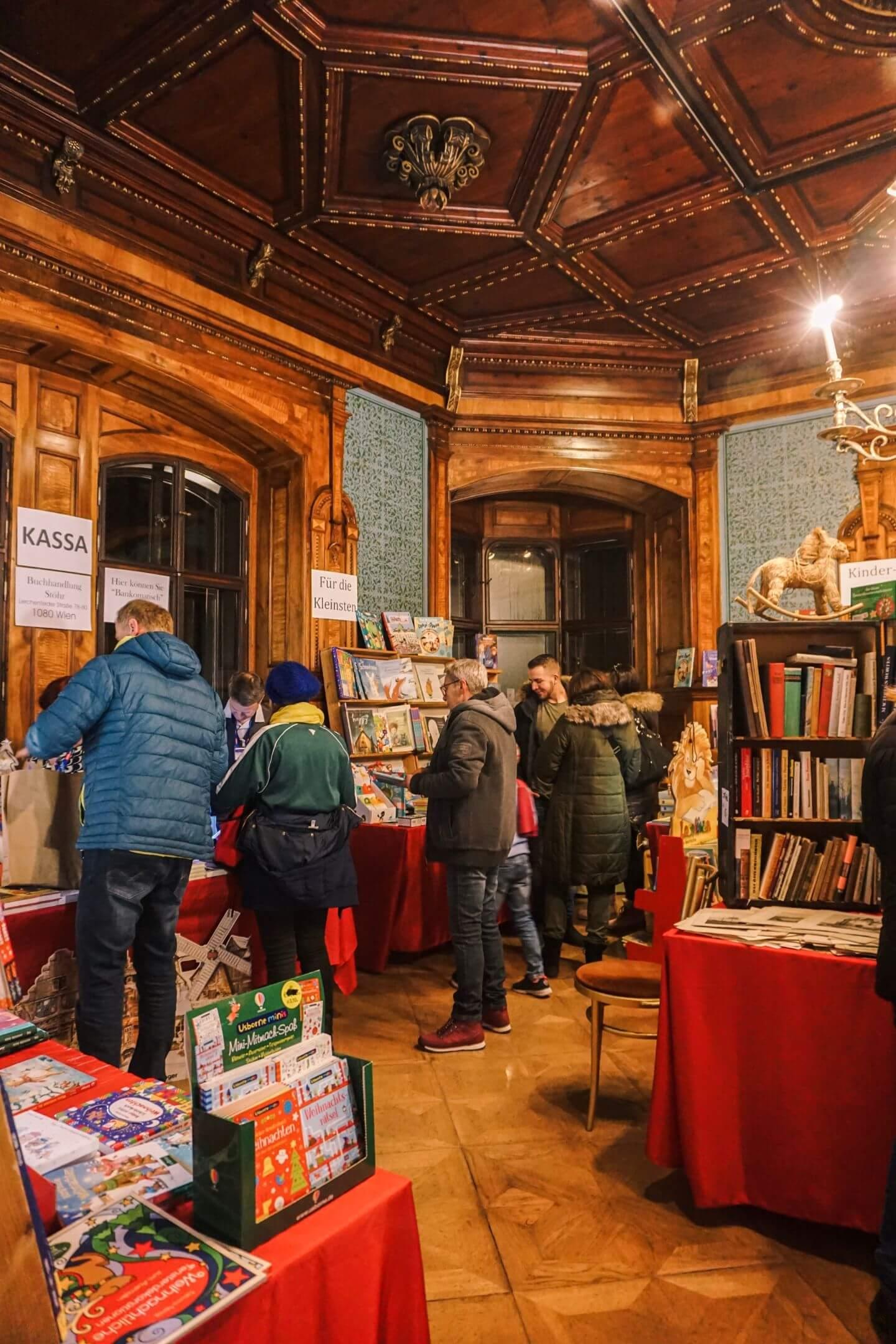 Grafenegg Christmas Market, Lower Austria - Day Trip from Vienna in Winter