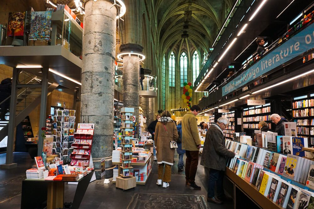 Bookstore Dominicanen, Maastricht - Cologne Day Trip