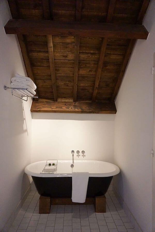August bedroom bathtub, Antwerp, Belgium