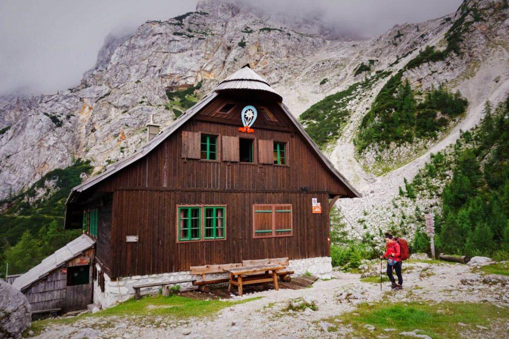 Češka koča na Spodnjih Ravneh, Slovenian Alps