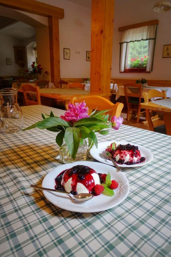 Tourist Farm Stoglej Dessert, Luče, Slovenia