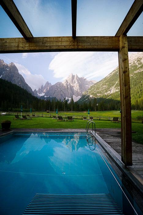 Hotel Dolomitenhof Pool, Val Fiscalina, Dolomites