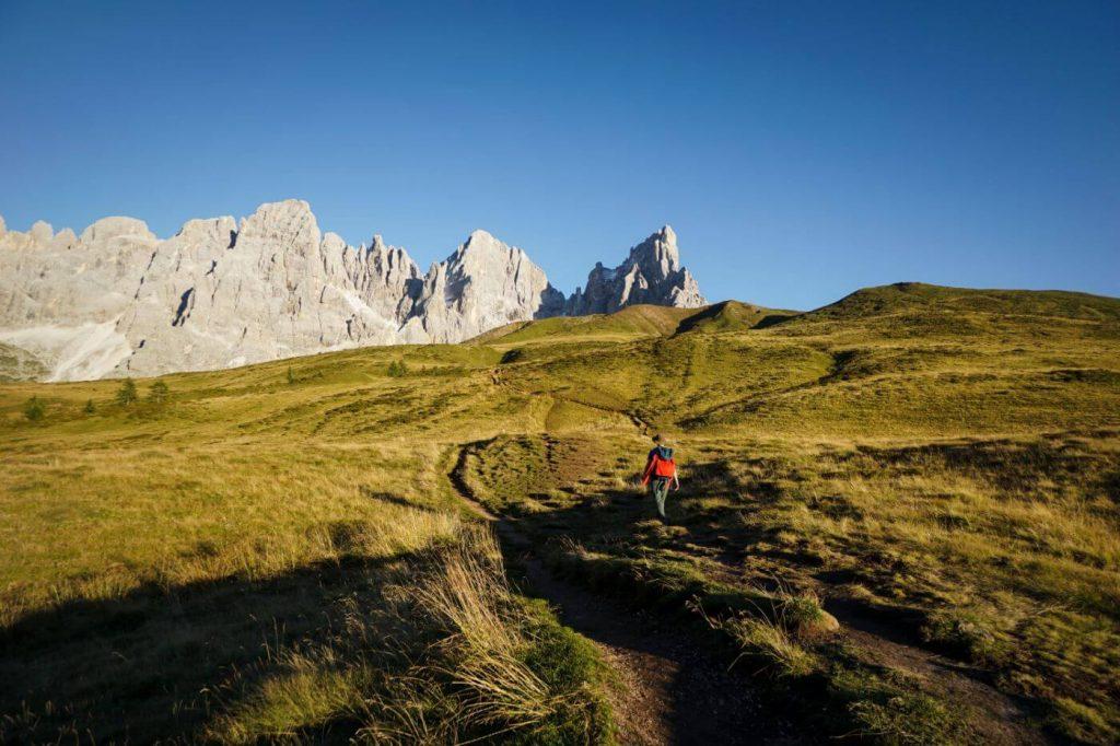 Hiking from Monte Castellaz to Baita Segantini, Pale di San Martino