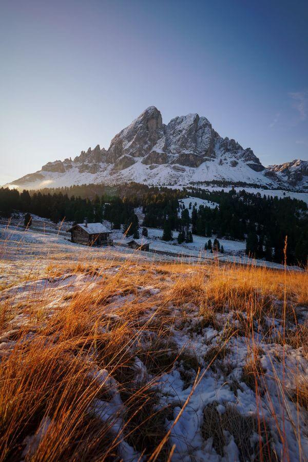 Sass de Putia Circuit Hike, Puez-Odle Nature Park, Italian Dolomites