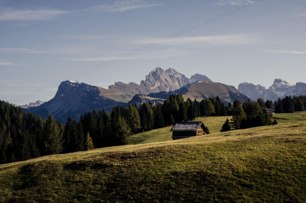 When to Hike across Alpe di Siusi, Dolomites