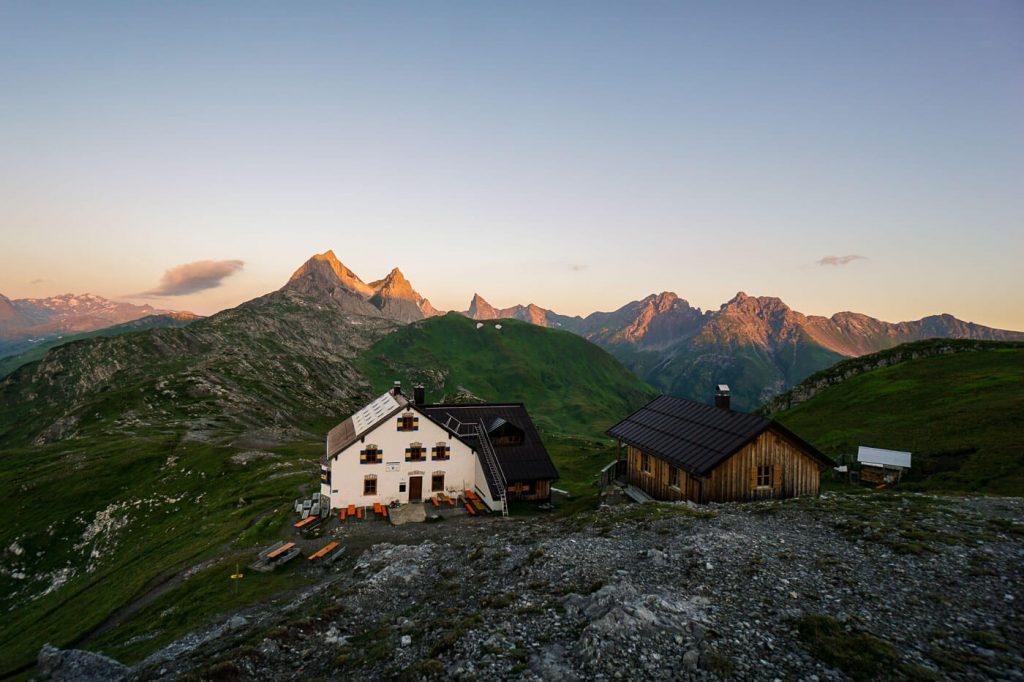 Leutkircher Hütte, Lechtal Alps, Hiking in the Alps