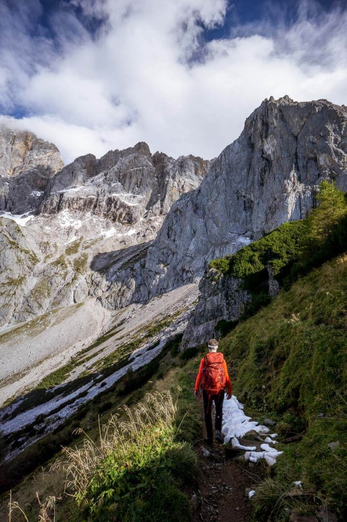 Am 5 Hüttenweg, Aussicht aufs Dachsteingebirge