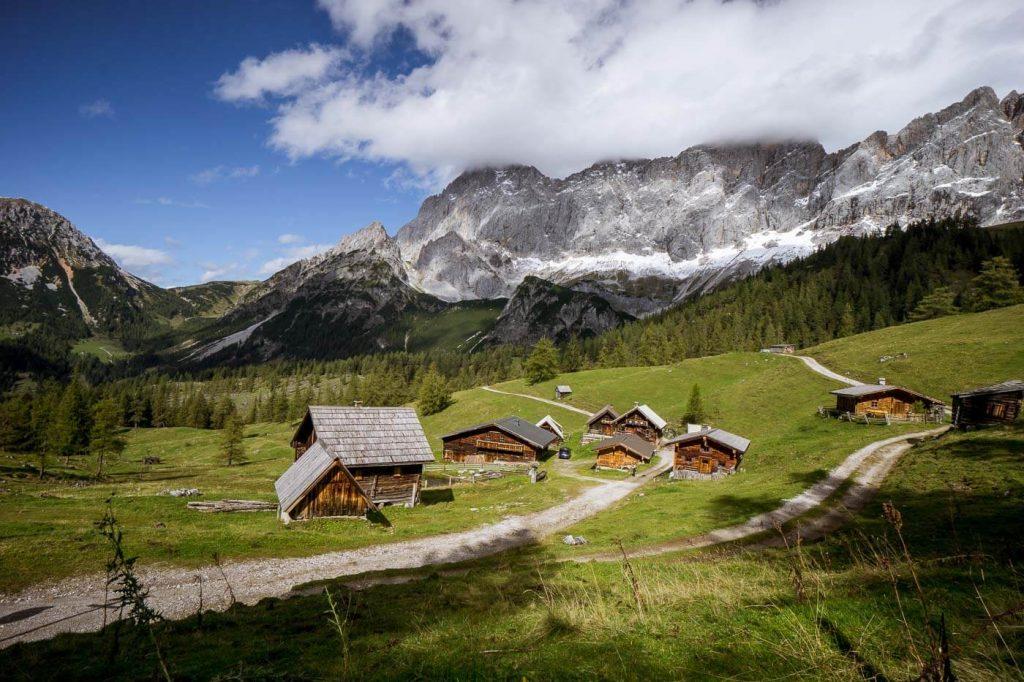 Neustattalm, Dachstein Mountains, 5 Huts Trail