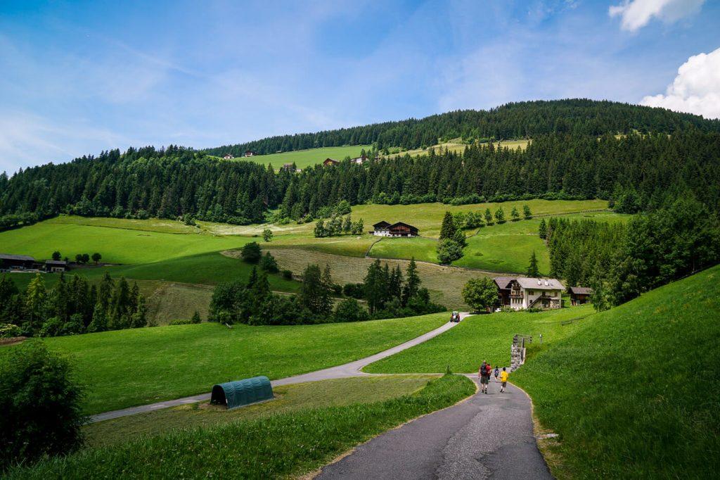 Magdalenaweg Road to Panorama Trail, Val di Funes, Dolomites