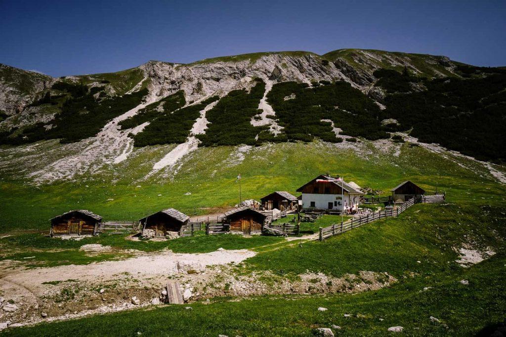 Hochalpenhütte Fojedöra, Prags Dolomites