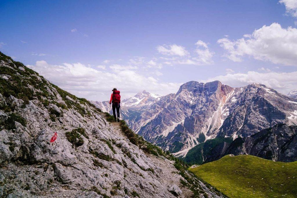 Trail 61 across Fojedora, Prags Dolomites