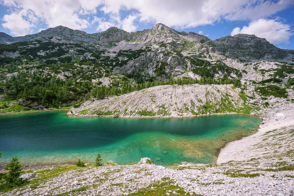 Jezero v Ledvicah, Triglav Lakes Valley, Slovenia